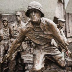 Plac Krasińskich – Pomnik Powstania Warszawskiego
